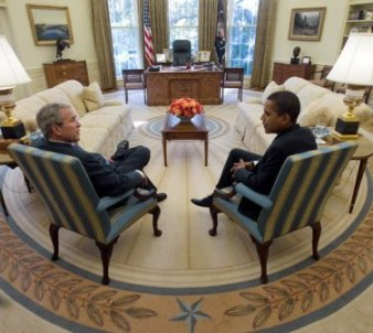 Presidents Bush and Obama in the Oval Office in November 2008