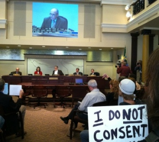 Portland City Council Randy Leonard votes for fluoridation