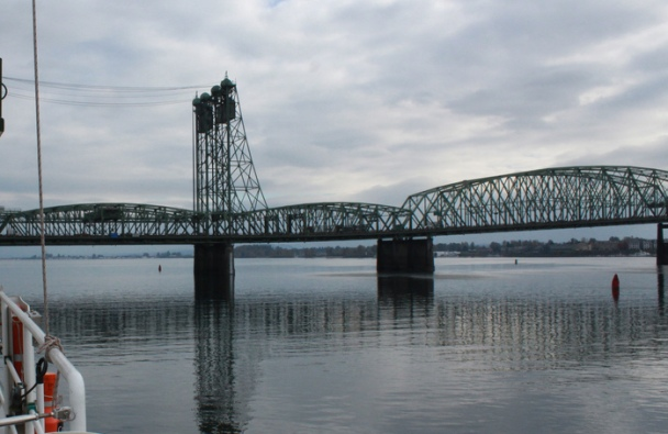Columbia river rail bridge