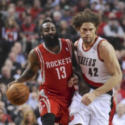Huston Rocket James Harden with Blazer Robin Lopez