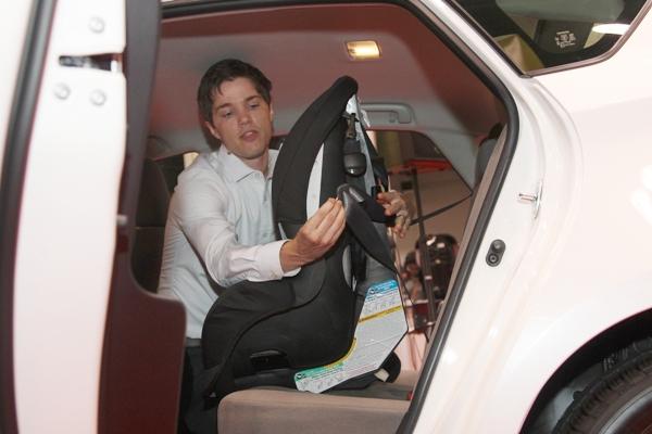 Car-seat-full