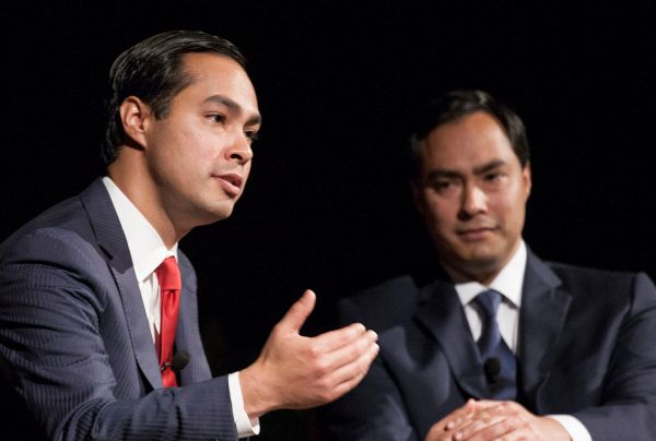 Julian Castro with his brother Joaquin in the LBJ library