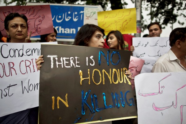 "women protest ""honor"" killings"