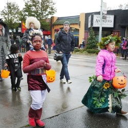 Children parade in Seattle's Harvest Festival