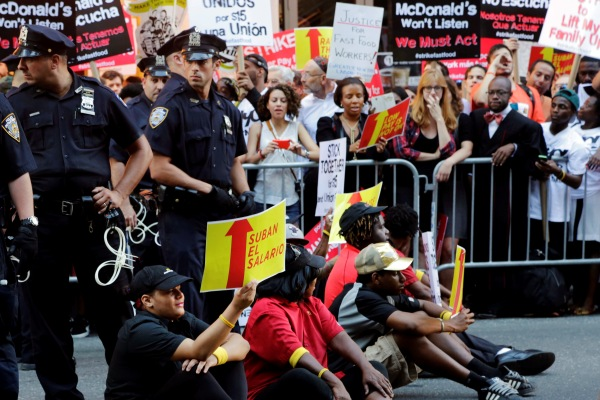 Fast food wage protest in New York