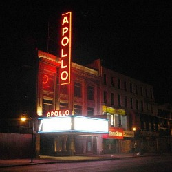 """Apollo Theater Harlem NYC 2010 crop"" by Hans Joachim Dudeck. Licensed under CC BY-SA 3.0 via Wikimedia Commons"