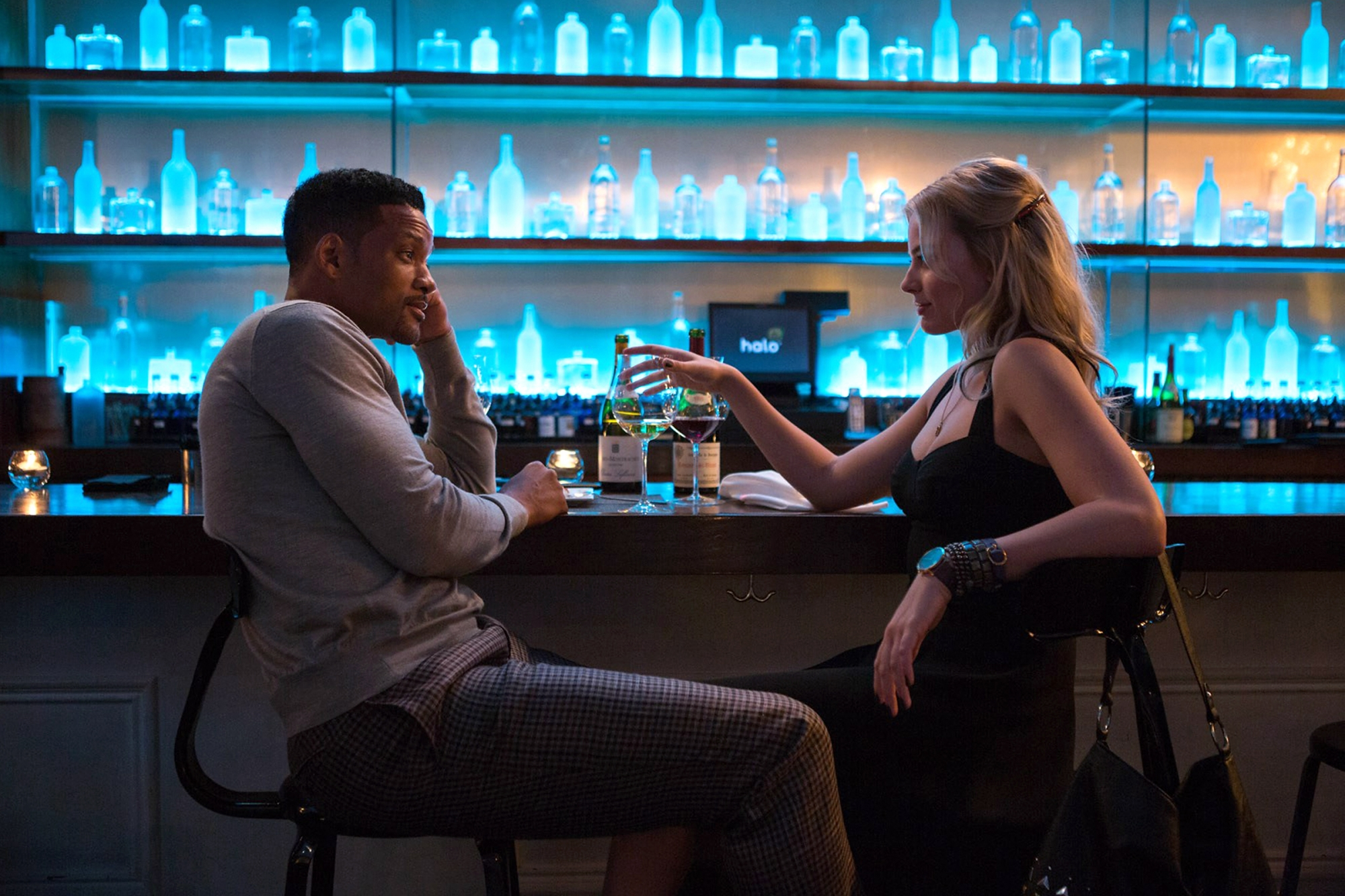 Will Smith and Margot Robbie in 'Focus'