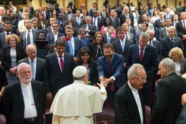 Pope Francis greeting mayors
