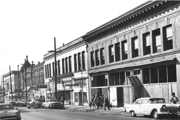 A street view of Williams Ave. 1970, Oregon Historical Society