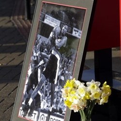 makeshift memorial for Jerome Kersey outside Moda arena