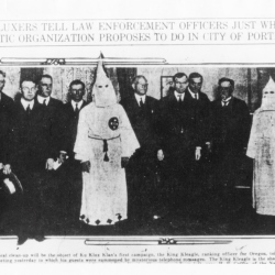 KKK joins local elected officials in Oregon