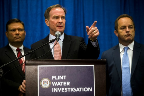 6 More Michigan Public Workers Charged in Flint Water Crisis