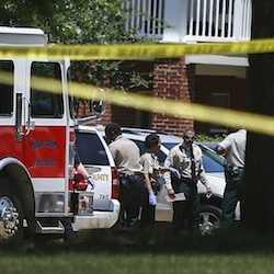 Shelby County Sheriff's deputies work the scene where four young children were fatally stabbed at the Greens of Irene apartment, Friday, July 1, 2016 in Memphis, Tenn. Four young children were stabbed to death in a gated apartment complex in suburban Memphis on Friday, and police took their mother into custody for questioning. (Mark Weber/The Commercial Appeal via AP)