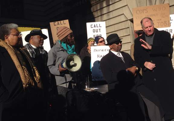 Rally opposing rehiring of Ron Frashour