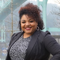 Jamila Singleton Munson running for the board of Portland Public Schools.