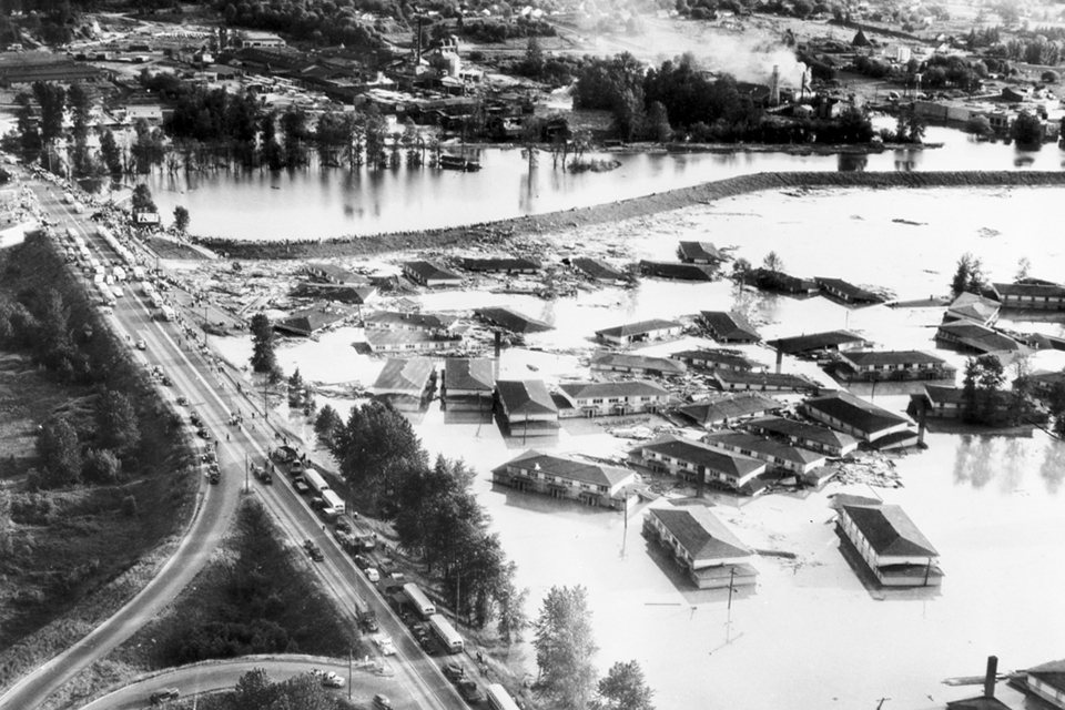 Aerial shot of Vanport during the 1948 flood