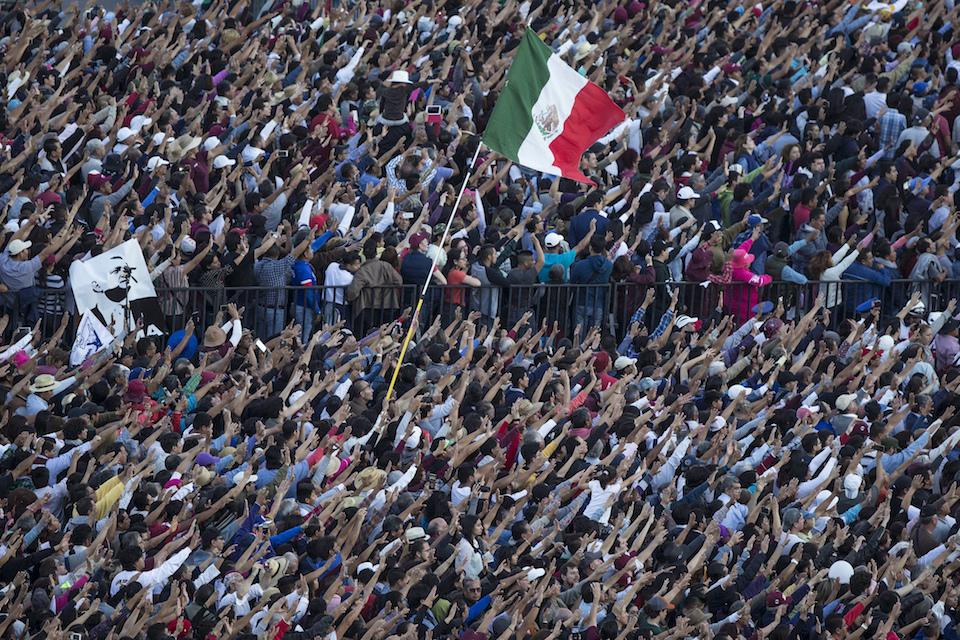 Mexico crowd