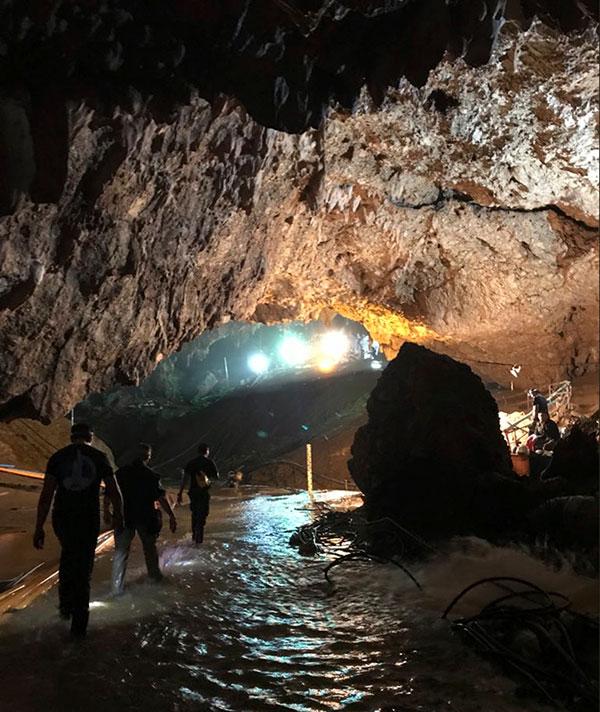 Thai soccer team cave med