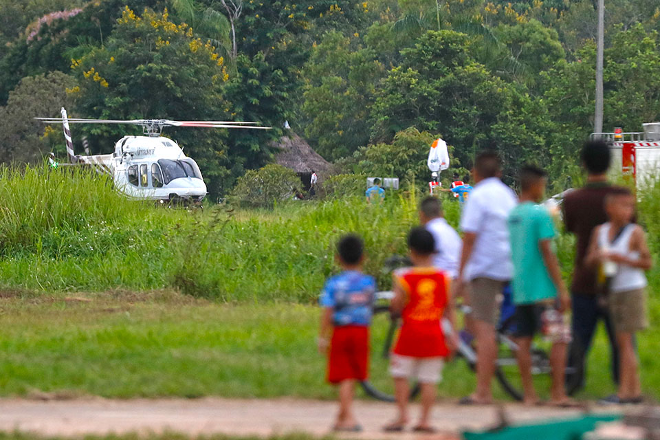 thai soccer team rescue helicopter