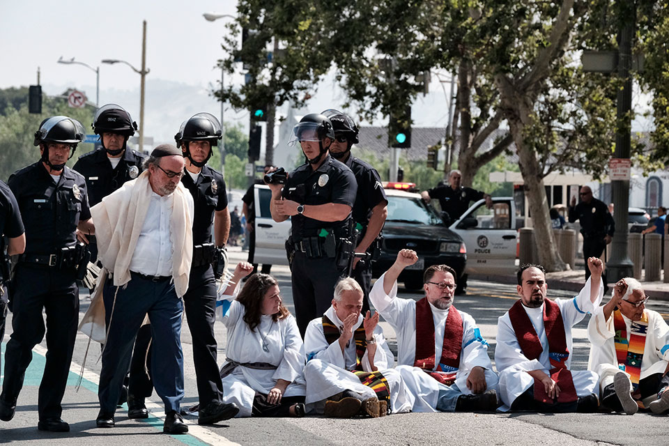 clergy protest in los angeles