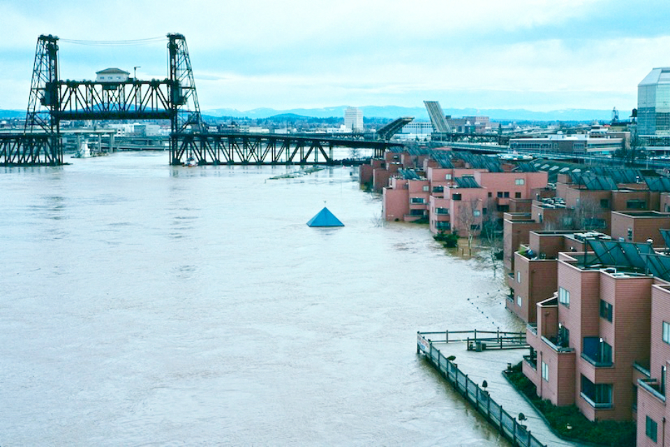 Flooding just north of downtown Portland in February 1996 (Photo Courtesy: Wikimedia)