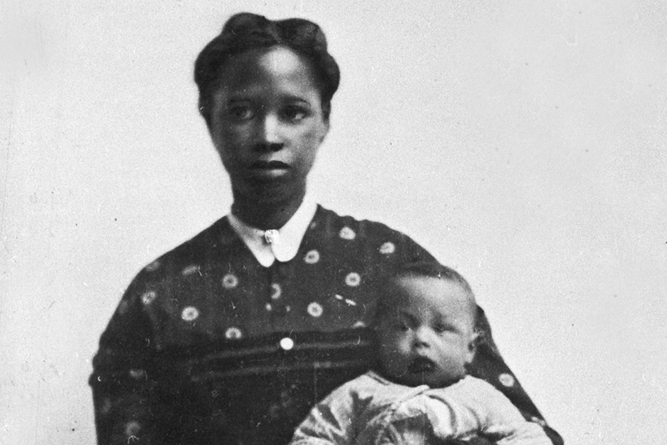 Louisa Sewell and Child. Courtesy of Oregon Historical Society, OrHi 85397