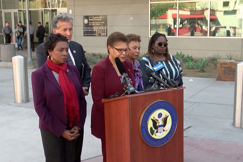 Members of the Congressional Black Caucus, Rep. Karen Bass (D-CA) (center), Rep. Barbara Lee (D-CA) (fourth from left), and Congresswoman Yvette Clarke (D-NY) (far left), along with local Congressman, Rep. Juan Vargas (second from left), visited a shelter for African asylum-seekers in Tijuana