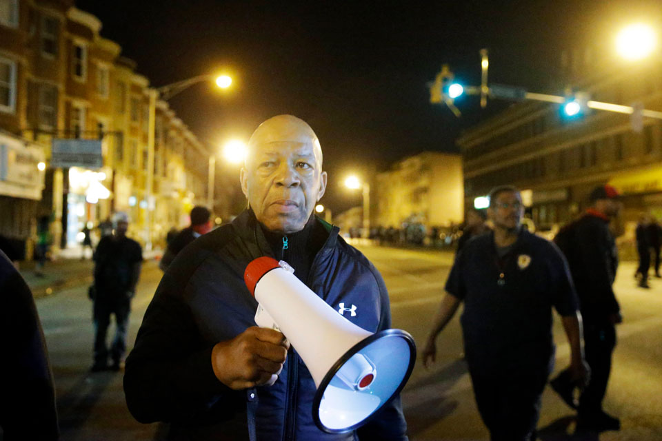 elijah cummings died baltimore riots