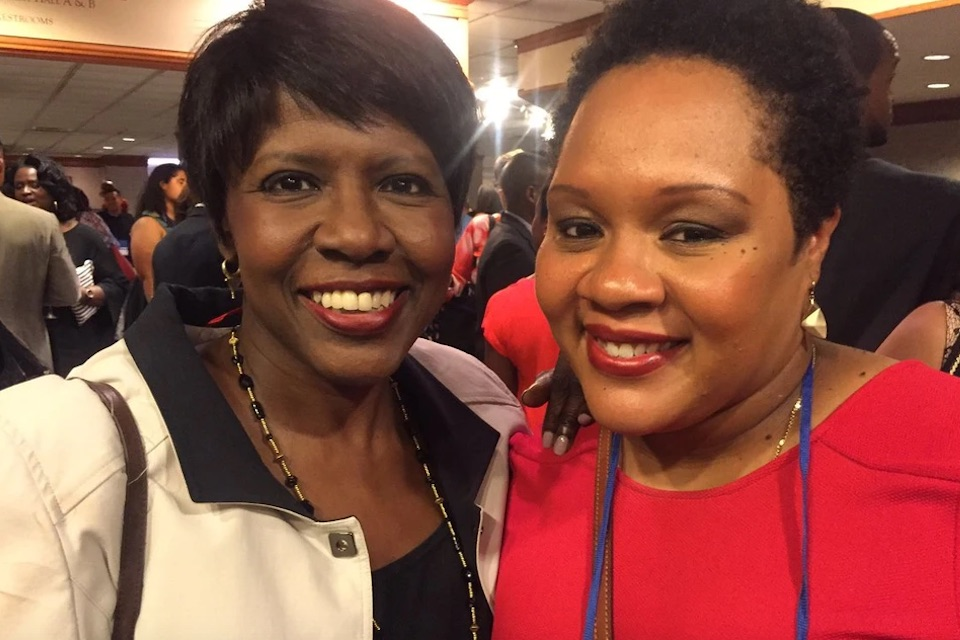 Yamiche Alcindor (left) with her mentor Gwen Ifill. Photo Courtesy of Tony Powell/PBS Newshour