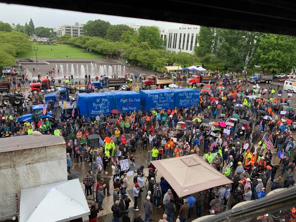 Timber Unity rally in Salem Oregon