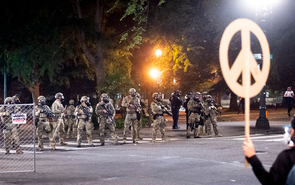 feds in portland streets peace