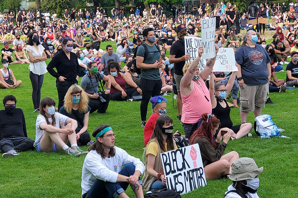 Portland, Oregon, Remains Largely Peaceful, Curfew Lifted