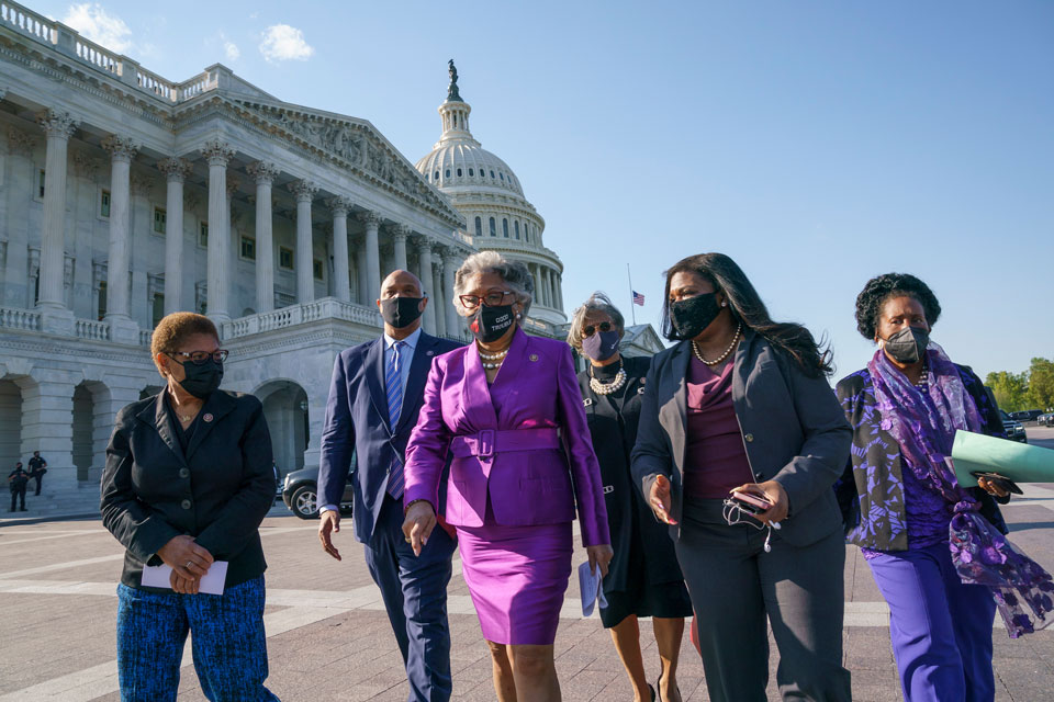 Members of the Congressional Black Caucus walk to make a make a statement on the verdict in the murder trial of former Minneapolis police Officer Derek Chauvin in the death of George Floyd, on Capitol Hill in Washington, Tuesday, April 20, 2021. From left are Rep. Karen Bass, D-Calif., Rep. Andre Carson, D-Ind. Rep. Joyce Beatty, D-Ohio, chair of the Congressional Black Caucus, Rep. Brenda Lawrence, D-Mich., Rep. Cori Bush, D-Mo., and Rep. Sheila Jackson Lee, D-Tex. (AP Photo/J. Scott Applewhite)