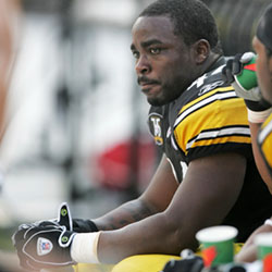 "Pittsburgh Steelers running back Najeh Davenport (44) sits on the bench during an NFL football game against the Seattle Seahawks in Pittsburgh, in this Sunday, Oct. 7, 2007, file photo. A federal judge on Monday, March 8, 2021, dismissed a lawsuit that challenged ""race-norming"" in dementia tests for retired NFL players, a practice that some say makes it harder for Black athletes to show injury and qualify for awards. Davenport was denied an award but would have qualified had they been white, according to their lawsuit. (AP Photo/Keith Srakocic, File)"