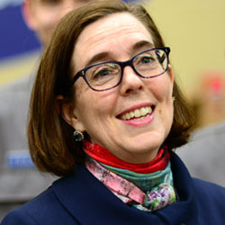 Governor Kate Brown Sets Vaccination Targets for Oregon to Reopen